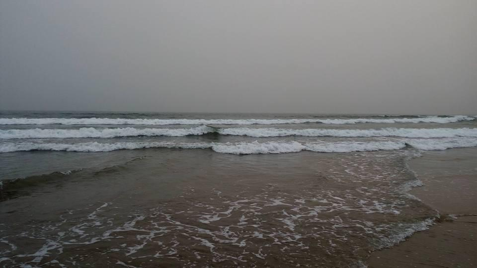 Accra - Atlantic ocean waves sweeping the sandbox. PIC: MK