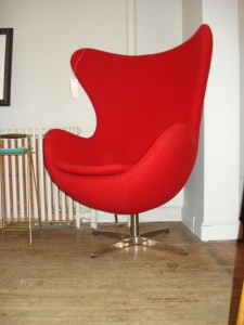 Egg Chair Reproduction
