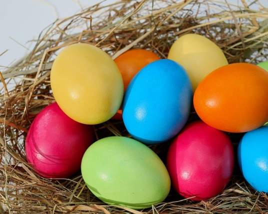 how to color Easter eggs naturally