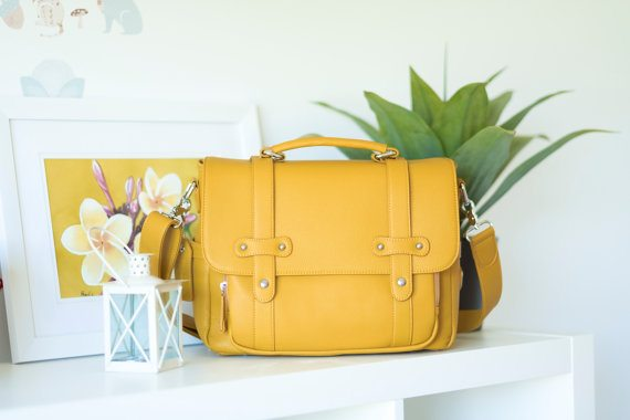 Beautiful Studio Lei Momi satchel in yellow, image courtesy Studio Lei Momi