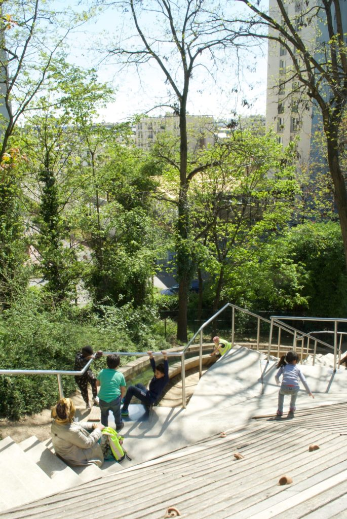 paris with kids – prc de belleville playground