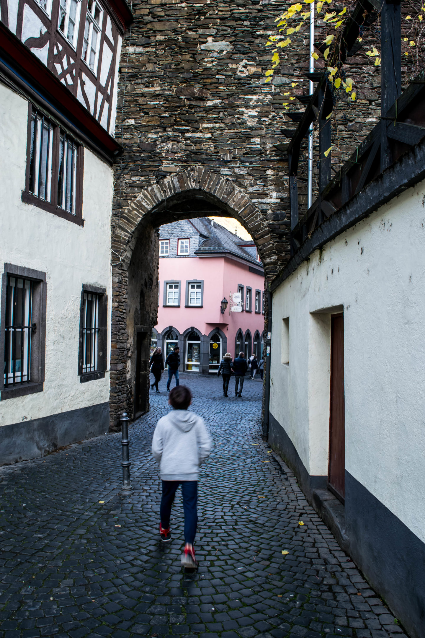 Exploring the town of Cochem on foot