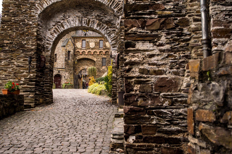reichsburg gates