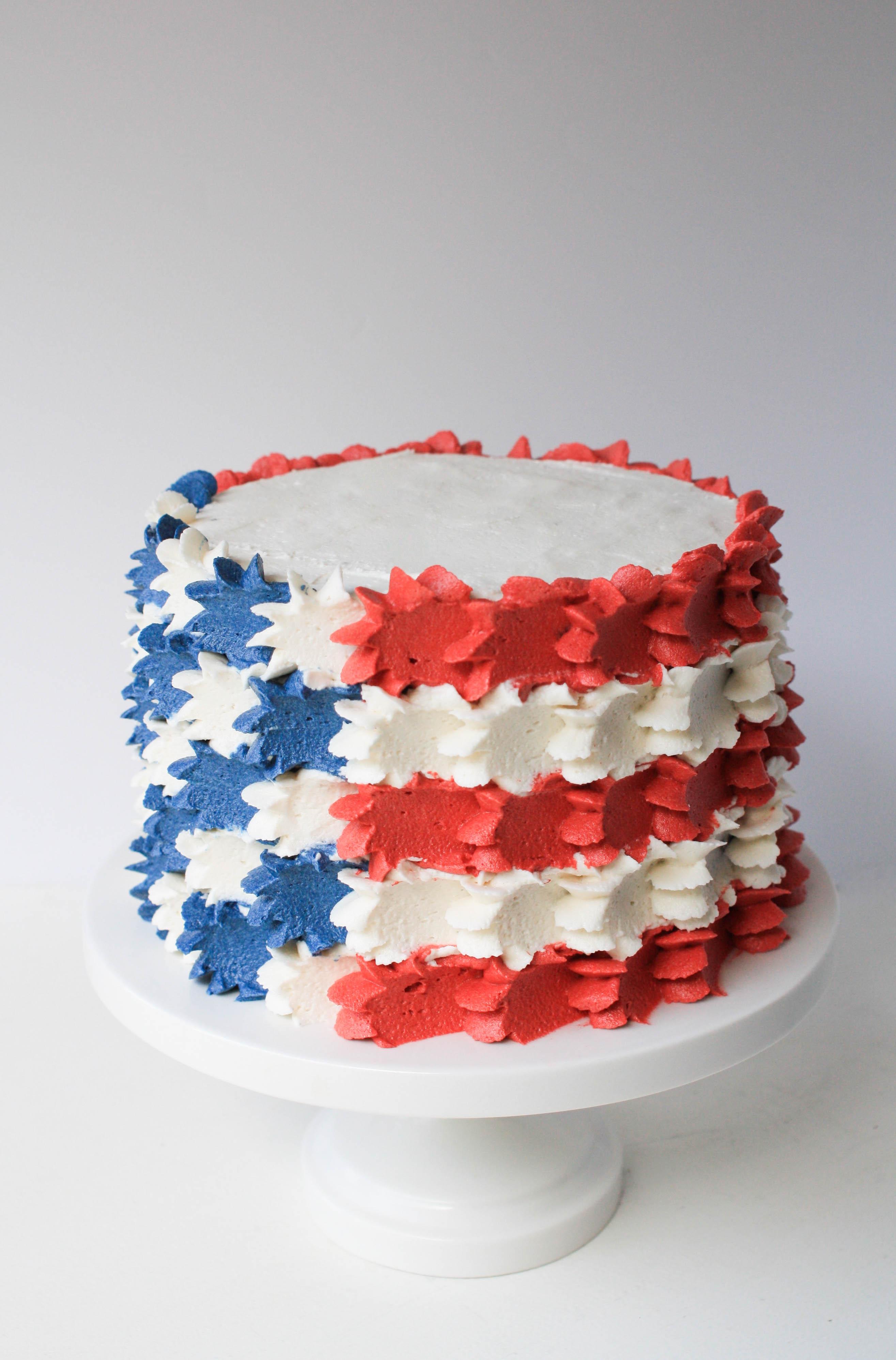 Buttercream stars and stripes flag cake erin bakes for Decoration 4 cake