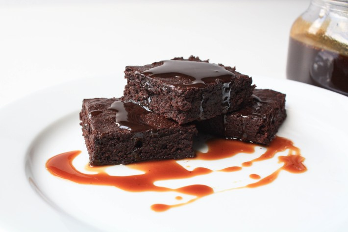 Delicious Gluten Free, Dairy Free, Refined Sugar Free Brownies | Erin Bakes