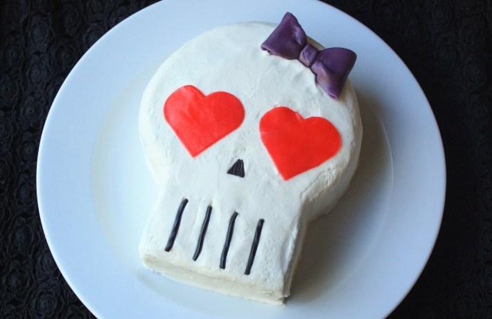 Simple Spooky Skull Cake | Erin Gardner | ErinBakes.com