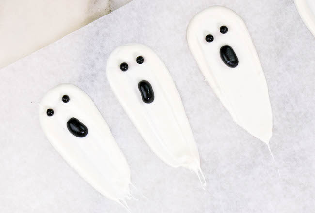 White Chocolate Brushstroke Ghosts | Erin Gardner | Erin Bakes