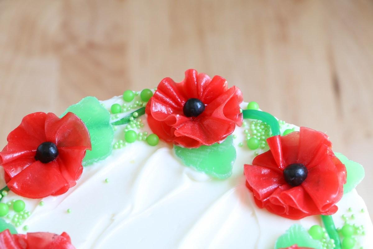 Fruit Roll-Up Poppy Cake Flowers