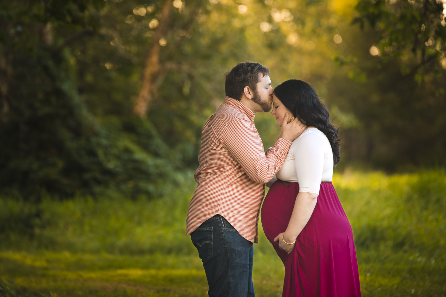 Maternity couple photo session with Seattle Maternity Photographer