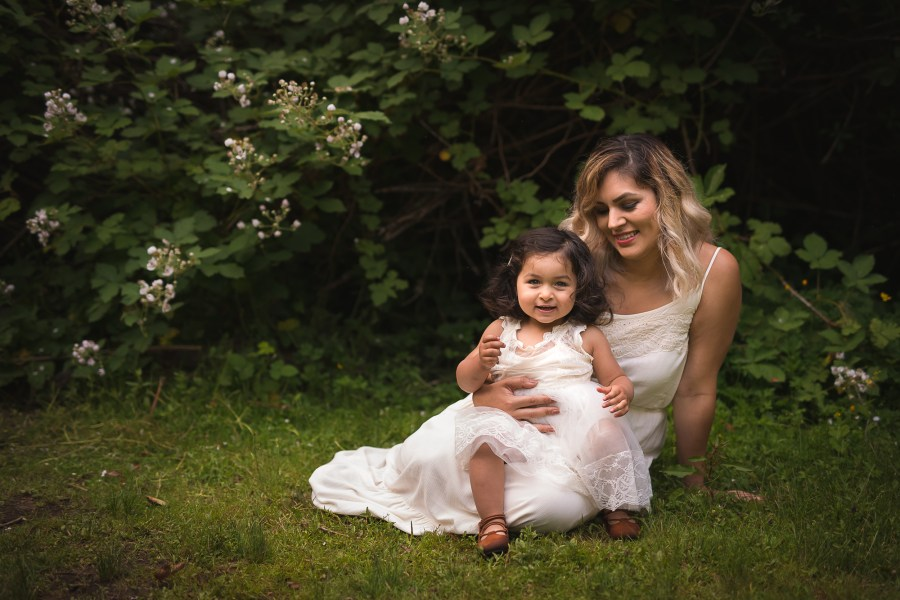 Photo from a family photography session with a mother and daughter in Seattle