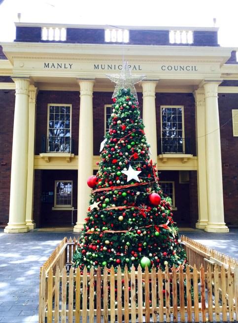 SatNew. Christmas tree