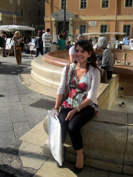 Erin enjoying a seat during the Nice Saturday Market