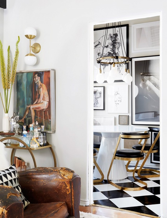 inside-an-editors-eclectic-living-room-makeover-1918765-1475029430.640x0c.jpg