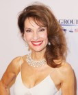 susan-lucci-elton-john-aids-foundation-s-12th-annual-an-enduring-vision-benefit-01