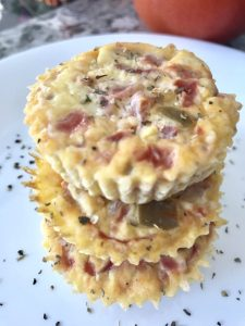 4-Ingredient Vegetable Egg Muffin Recipe for Easy Back to School Mornings
