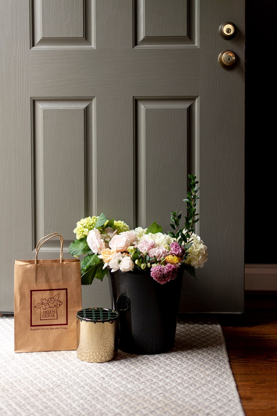 Creative things to do at home  - Flower Arranging Workshop with Helen Olivia Flowers