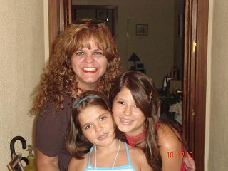 mami y sus dos bellezas