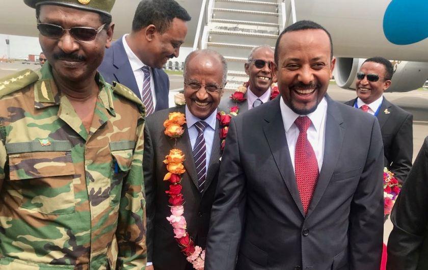 Ethiopian PMAbiy welcomes Eritrean delegation 1