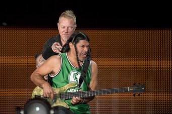 Rob Trujillo y James Hetfield en la primera fecha de Metallica en el Foro Sol