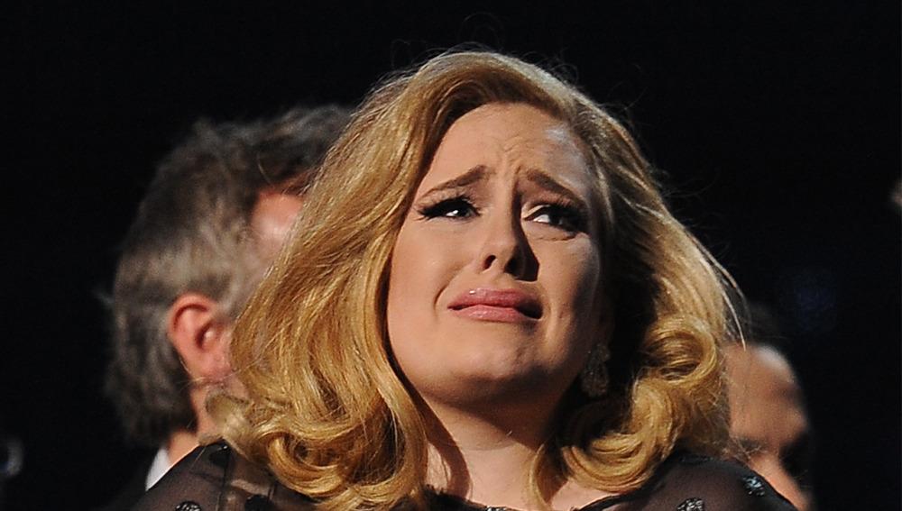 Una playlist con las rolas más tristes de Adele