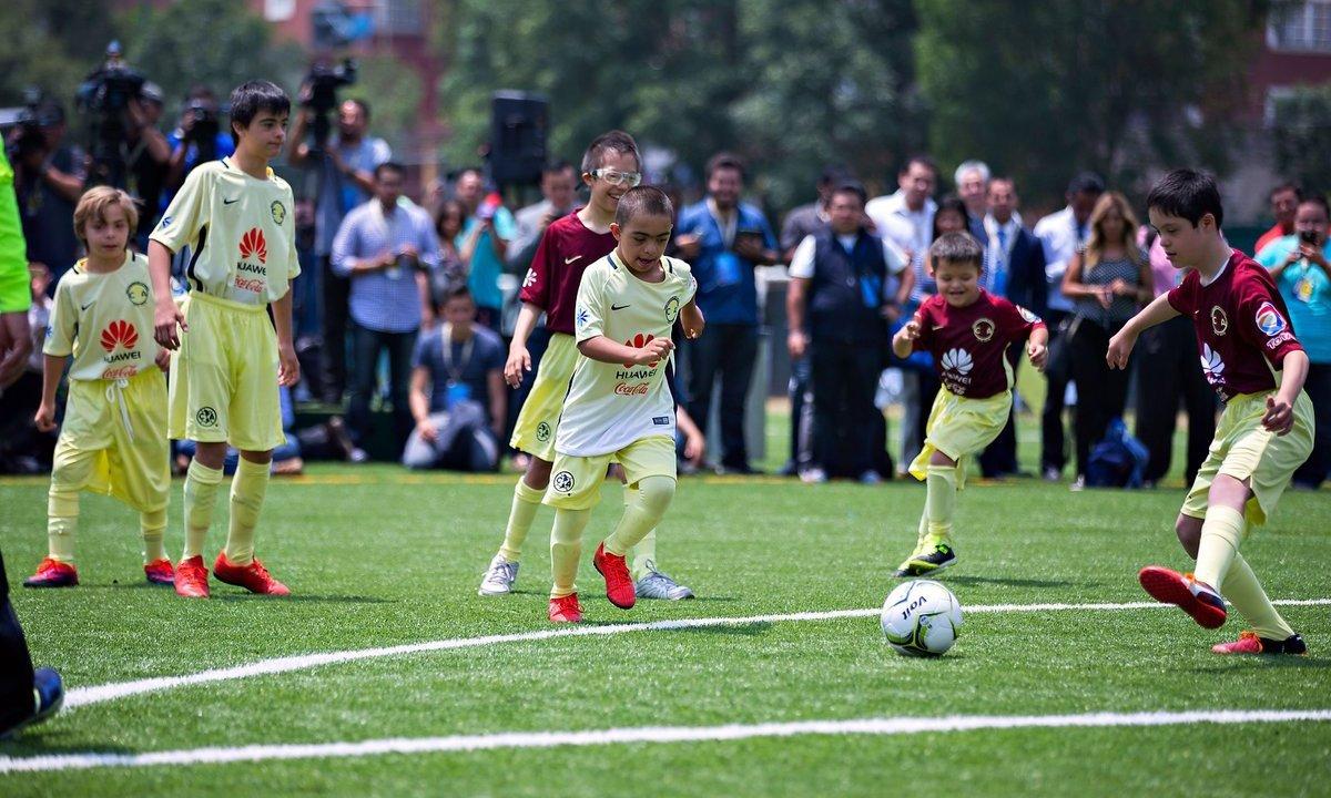 El club América presenta su equipo especial formado por niños con síndrome de Down y autismo