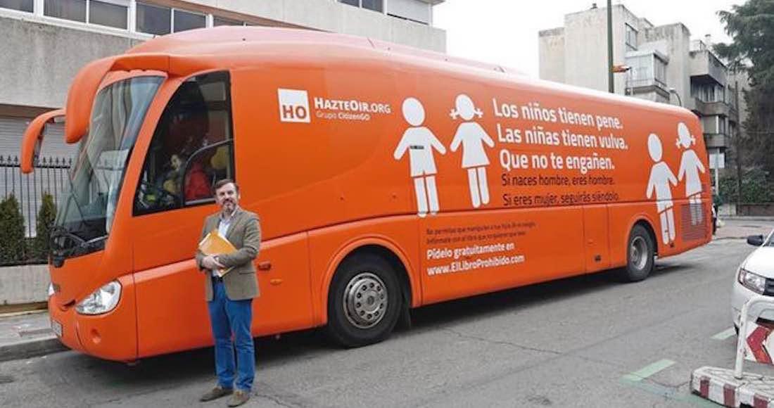 El autobús transfóbico de la organización de ultra derecha Hazte Oír recorerrá México