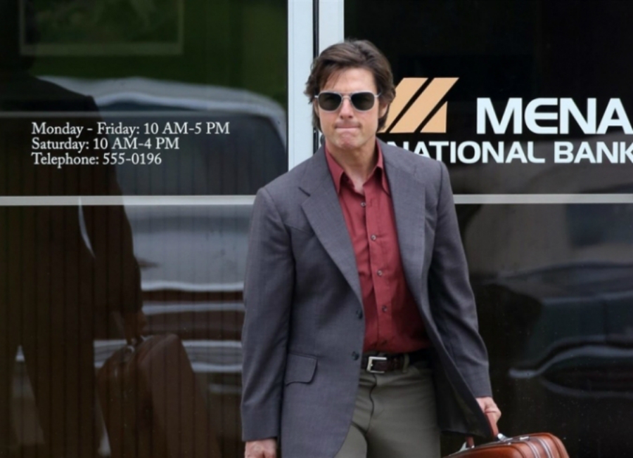 Tom Cruise encarnan a Barry Seal en el primer trailer de American Made