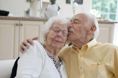 abuelitos de noventa años contraen matrimonio