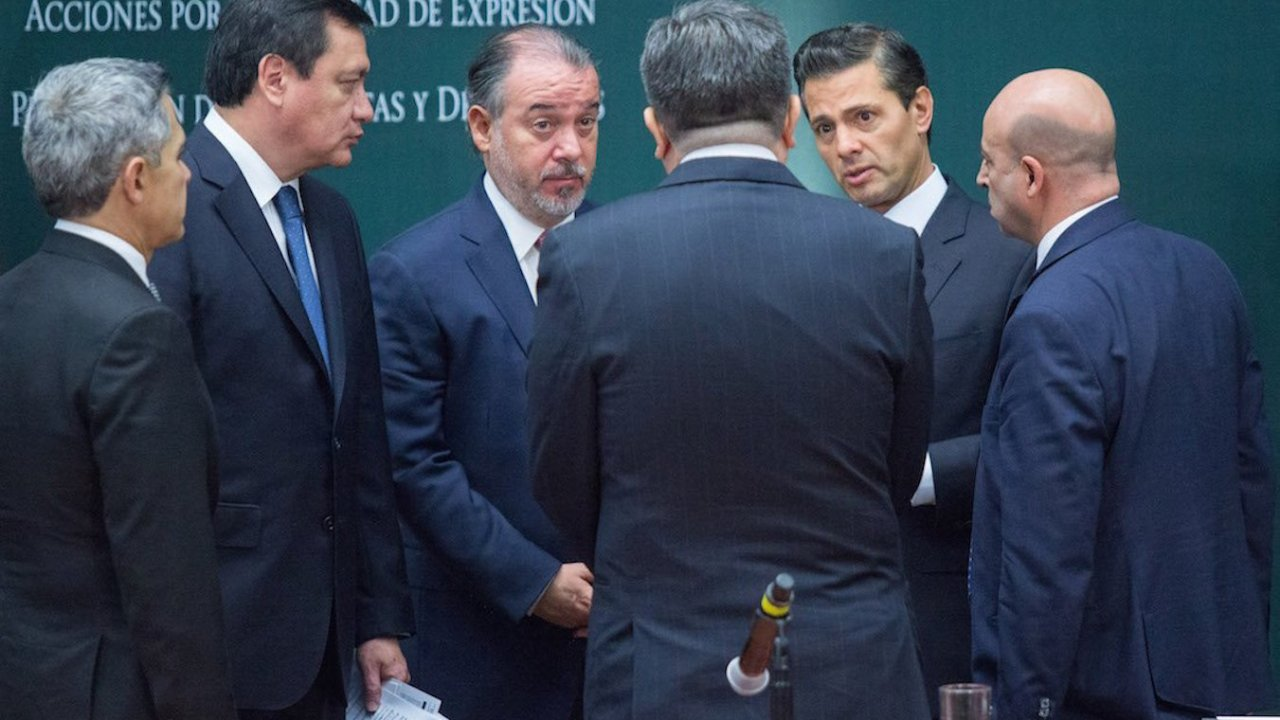 Raúl Cervantes emplacó Ferrari en domicilio fantasma