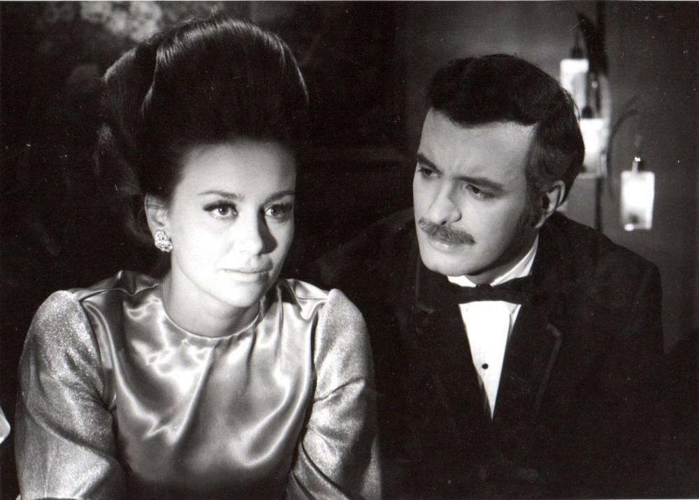La primera actriz Saby Kamalich