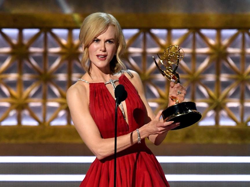 Nicole Kidman robó cámara en los Emmys 2017