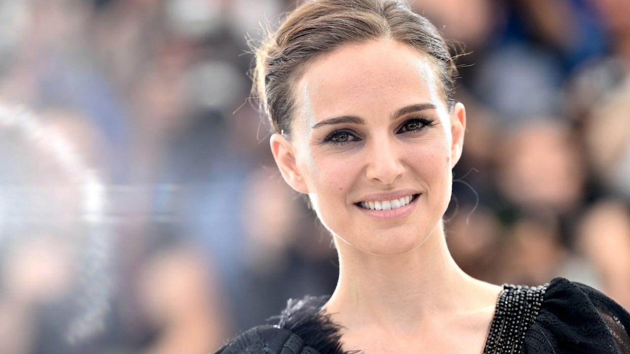 Así, Natalie Portman protestó contra el sexismo en los Globos de Oro