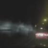 """Video coche recibiendo """"ataque demoníaco"""" en carretera"""
