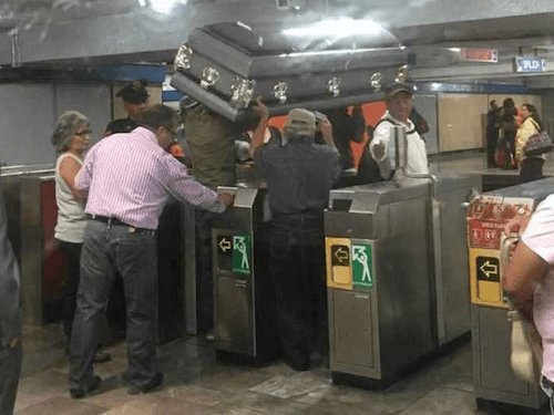 Ataud-Metro-Allende