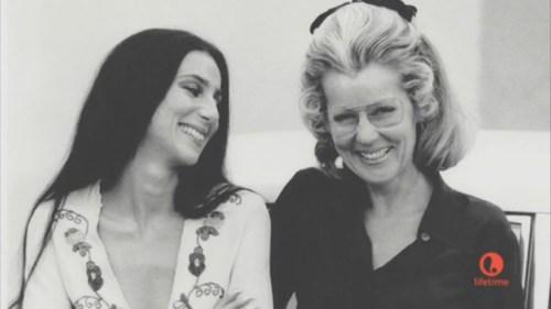 Cher con su madre Georgina Holt