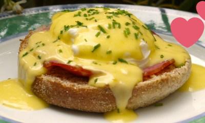 desayuno-gourmet-barato-huevos-benedictine-salsa-holandesa-2