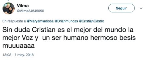 Cristian Castro se quitó la camisa en pleno concierto