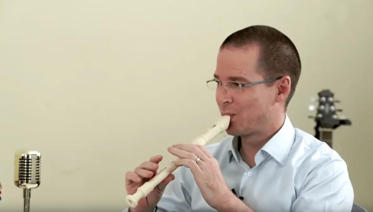Ricardo-Anaya-Flauta-Música-Videomeme