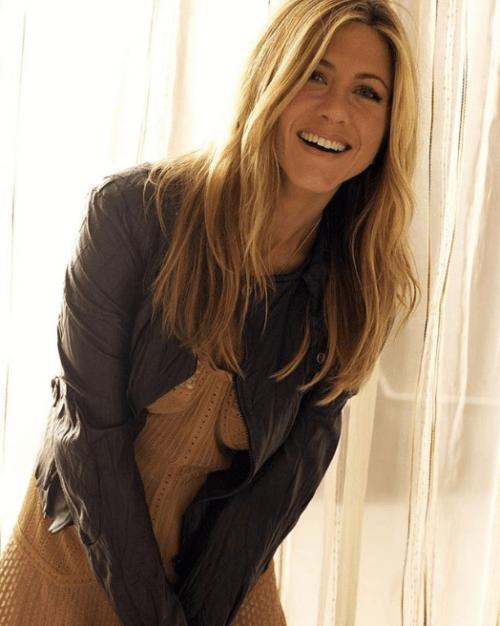 Jennifer Aniston presume cuerpazo en la playa