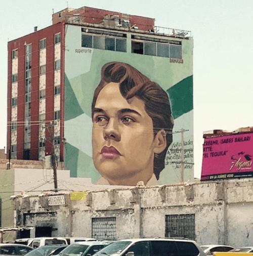 Hacen retrato de Juan Gabriel Desnudo