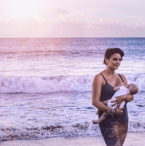 Video: Aislinn Derbez enseña de más en Instagram