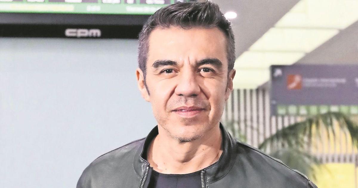 Adrián Uribe es operado de emergencia y regresa a terapia intensiva