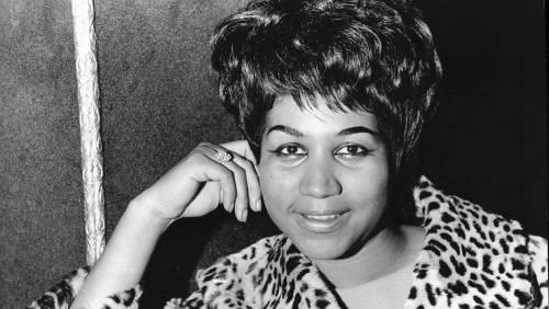 Aretha Franklin se reporta grave