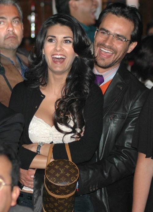 Mayrin Villanueva Javier Poza juntos