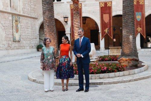 Chats ponen en riesgo a la casa real española