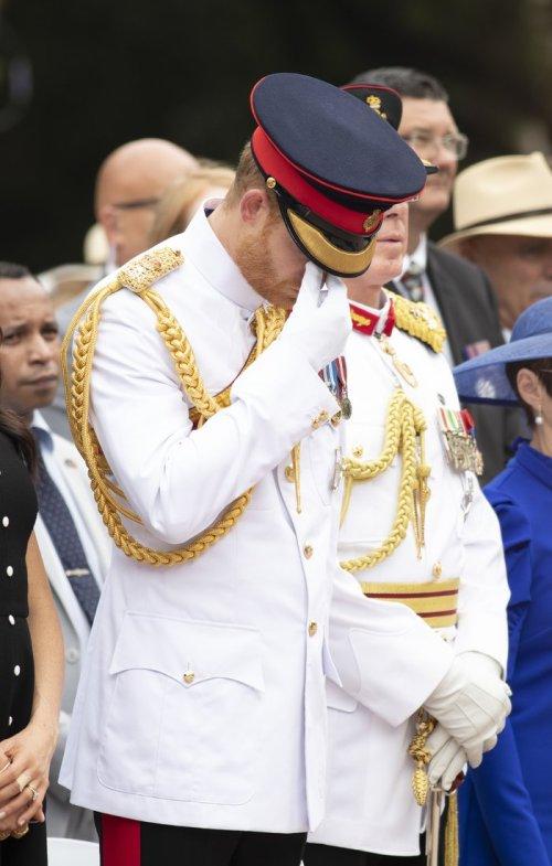 Principe Harry llora en evento en Sidney