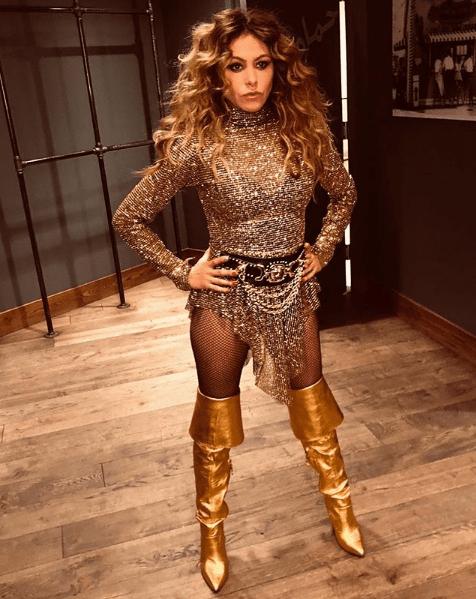 Paulina Rubio se cae en concierto