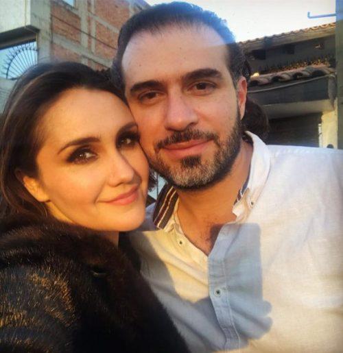 Dulce María anuncia compromiso con Paco Álvarez