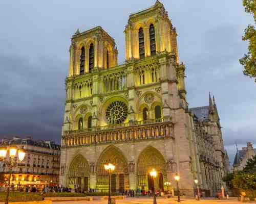 Mhoni Vidente predijo el incendio de la catedral de Notre Dame