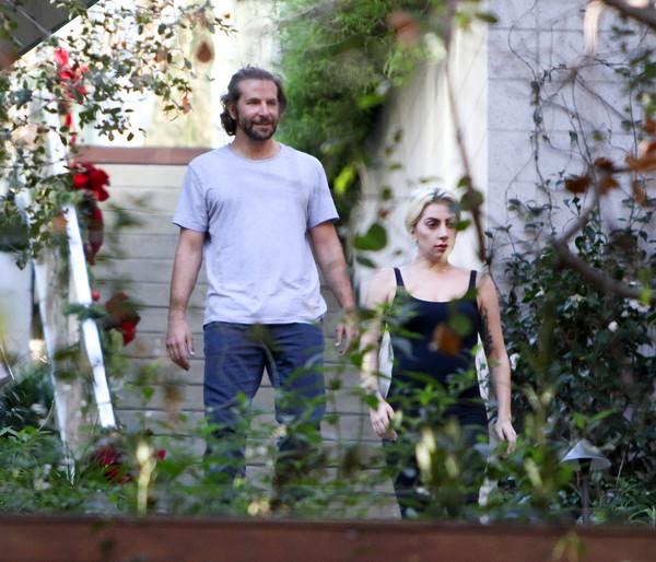Aseguran que Lady Gaga está embarazada de Bradley Cooper